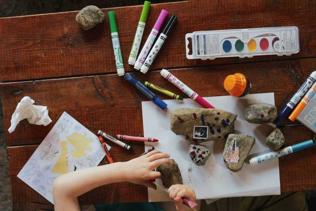How to include art in juniors skill development bokeh to balance the study stress?